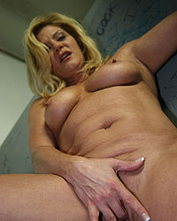 Ginger Lynn Julia Ann Blacks On Blondes