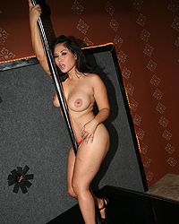 Jessica Bangkok Cameron V Blacks On Cougars