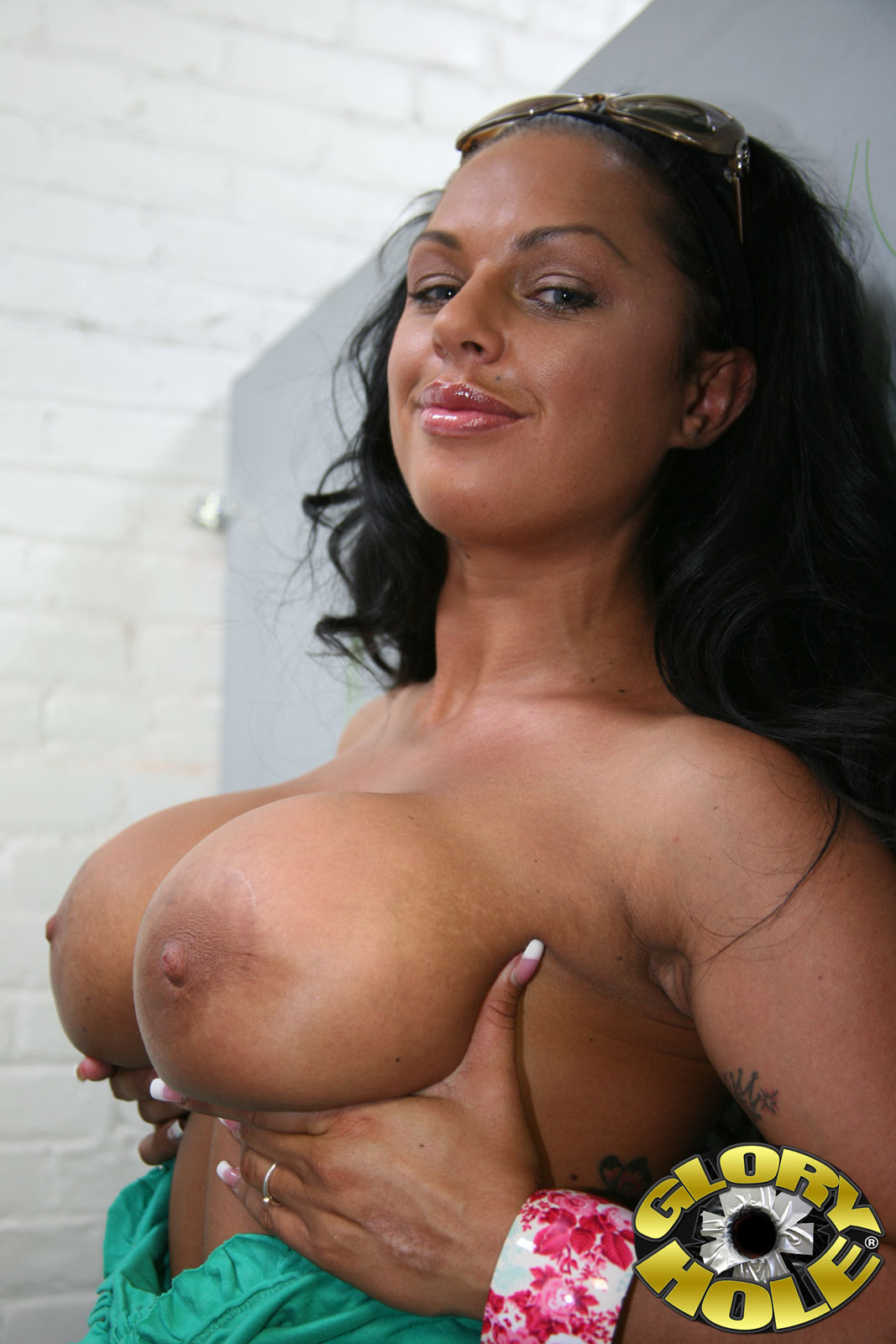 galleries gloryhole content kerry louise pic 05