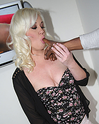 Cuckold Whitney Grace